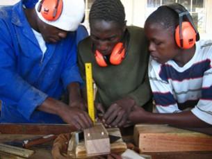 Partnerschaftsreise nach Moamba