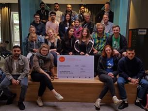 """Gsechs (BS 25) gewinnt zum zweiten Mal den Schulpreis im Wettbewerb """"Alle für eine Welt für Alle"""""""
